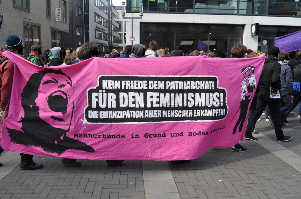 Kein Friede dem Patriarchat